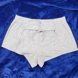 Victoria's Secret Shorts Size L